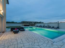 VILLA ROMANSA, holiday home in Umag