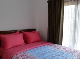 villa Cindy, pet-friendly hotel in Batu