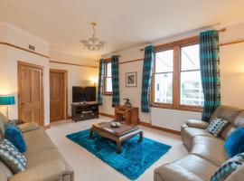The Traquair Park Residence, hotel near Edinburgh Zoo, Edinburgh