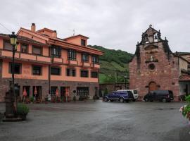 Hotel Restaurante Casa Pipo, hotel en Tuña