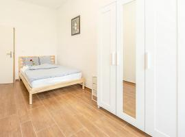 Simple Rooms - Yellow Inn, vacation rental in St. Gallen