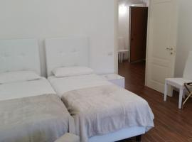 ISONZO COMFORT APARTAMENT, apartment in Ancona