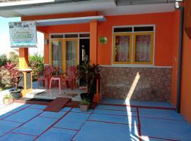 Homestay Andari, self catering accommodation in Batu