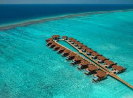 VARU by Atmosphere - Premium All Inclusive with Free Transfers, spa hotel in North Male Atoll