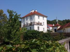 Apartmány U Mariánské kaple, hotel v České Kamenici
