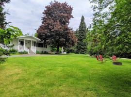 Oak Hill Bed and Breakfast, vacation rental in Wisconsin Dells