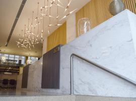 Gran Mundo Hotel & Suites, hotel near Estadio Alberto Gallardo, Lima