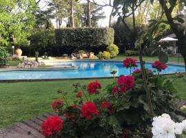 Villa Albina, hotel with pools in Rome