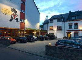 Hotel & Weinhaus Zum Schwarzen Bären, hotel in Koblenz