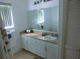 2605 Montego Bay Blvd, cottage in Kissimmee