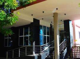 Hotel Atlantis, hotel near Maputo International Airport - MPM, Maputo