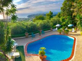 POOL APPARTAMENT, hotel a Ischia