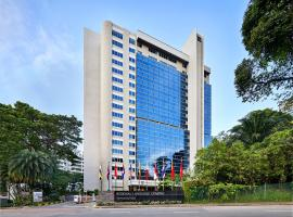 RELC International Hotel (SG Clean, Staycation Approved), hotel in Singapore