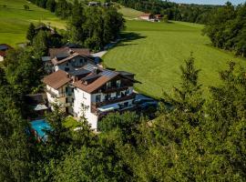 Pension Nocksteinblick, Hotel mit Pools in Salzburg