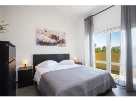 Olive Tree Apartments, hotel in Split