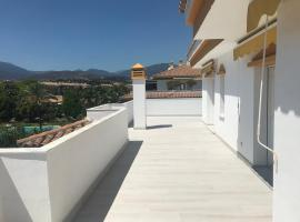 Puerto Banus Luxury Penthouse, luxury hotel in Marbella
