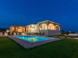 Villa Luka, holiday home in Zadar
