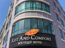 Rest And Comfort Boutique Hotel, hotel di Kuala Terengganu