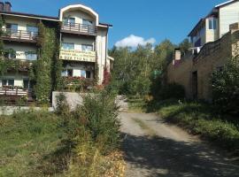 Apartment on Kurortnaya 55/1, hotel near Metallurg-Magnitogorsk Ski Lift, Yakty-Kul