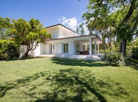Villa Elena, holiday home in Forte dei Marmi