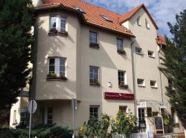 Pension & Café Am Krähenberg, hotel with parking in Halle an der Saale