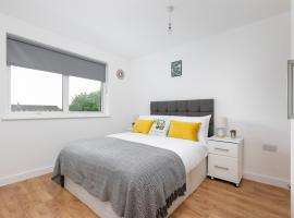 Skyvillion Tower Point, self catering accommodation in Enfield