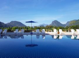 Simon Riverside Hotel, hotel in Vang Vieng