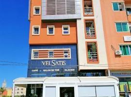 Hotel VELSATIS, hotel in Beni Mellal