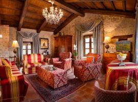 Hotel Castello Di Sinio, hotel a Sinio