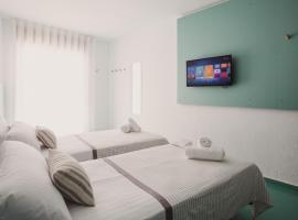 SubUp Hostel, hostal o pensión en Cabo de Palos