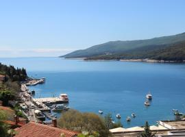 REDI A3, pet-friendly hotel in Rabac