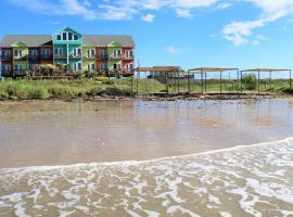 Boardwalk Resort, serviced apartment in Bolivar Peninsula