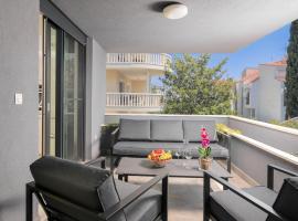 Stunning Beach Apartments in Split, hotel in Split