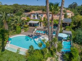 Villa Cocoa, hotel with jacuzzis in Saint-Tropez