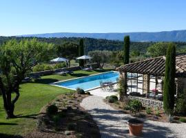 L'Amandiere, B&B in Gordes