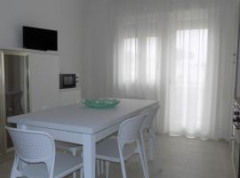 excelent two-rooms apartment, hotel a Eraclea Mare