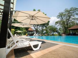 Jerejak Island Resort, hotel in George Town