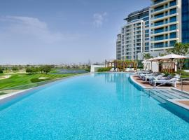 Vida Emirates Hills, hotel near Jumeirah Lakes Towers Tram Station 1, Dubai