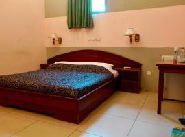Petit Motel Beijing, hotel in Abidjan