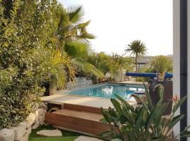 Les palmiers, hotel near La Mosson Stadium, Juvignac