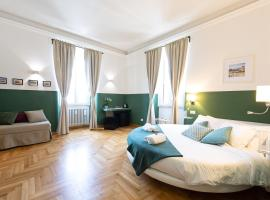 Lombardia40 Luxury Suites, luxury hotel in Rome