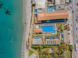 Villa Di Mare Seaside Suites, apartment in Ixia