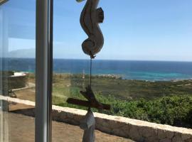 Villa nel villaggio Costa Caddu San Teodoro, hotel with jacuzzis in San Teodoro
