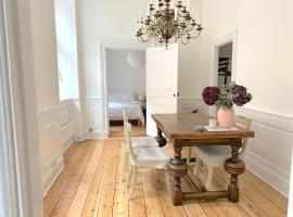 Bright newly renovated apartment in Old Town, apartment in Stockholm