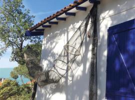 Les Maisons de pêcheurs, hotel with jacuzzis in Sète