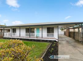 Settle in on 260 Settlement in Cowes, villa in Cowes