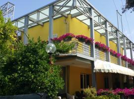 illi hotel, hotel in Marina di Massa
