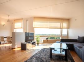 Dream Stay - Sea View Apartment near Tallinn Zoo, hotel near Saku Suurhall Arena, Tallinn