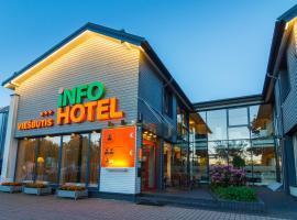 Info Hotel, hotel in Palanga