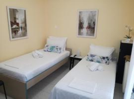 Apartment studio near Marousi station Athens, hotel near Neratziotissa Railway Station, Athens